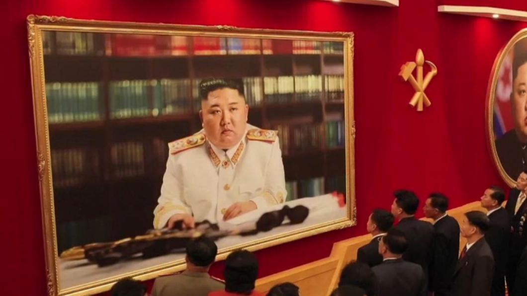 金正恩今37歲生日 白軍服新照曝光