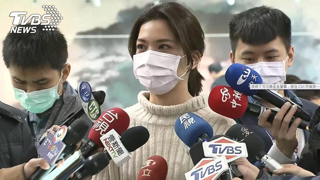 鍾沛君證實罹肺腺癌零期。(圖/TVBS) 罹患肺腺癌!鍾沛君淚吐「不該生小孩」醫曝存活率