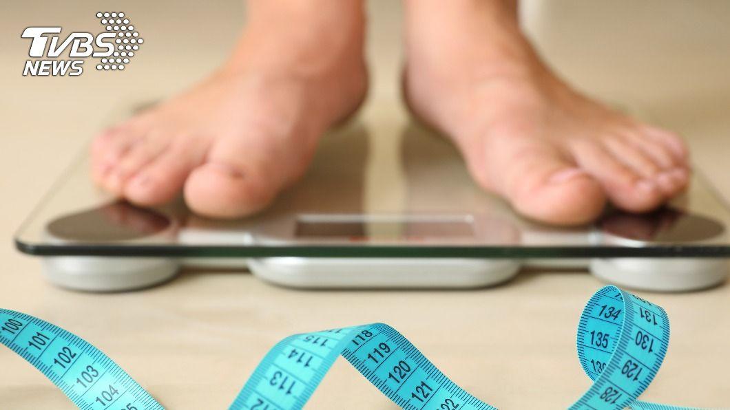 想減肥卻總是沒動力。(示意圖/shutterstock達志影像) 走路就能減肥!掌握「3招偷吃步」 懶人也不用怕復胖