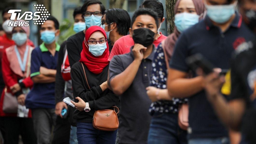 馬來西亞發布全國進入緊急狀態。(圖/達志影像路透社) 新冠疫情失控! 馬來西亞政府:「緊急」狀態至8月