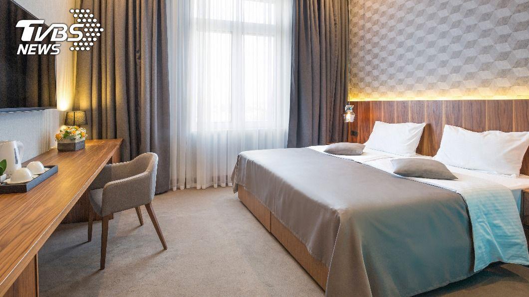 全台6大飯店推出「買一晚送一晚」優惠好康。(示意圖/shutterstock達志影像) 1人3千有找還獨享2房 6大飯店「買1晚送1晚」