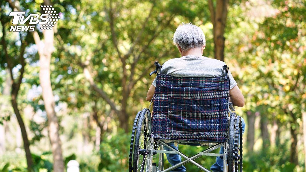 年長者時常出現健康問題。(示意圖/shutterstock達志影像) 日本研究成功消滅老化細胞 人類抗老成為可能