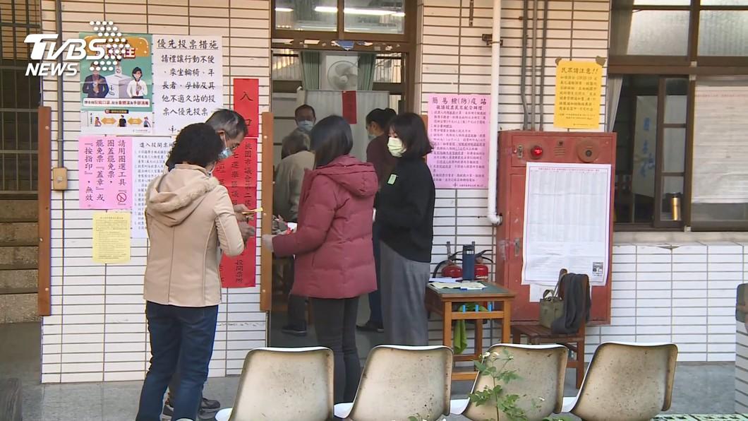 罷免王浩宇投票!民眾怒罵「找不到投票所」