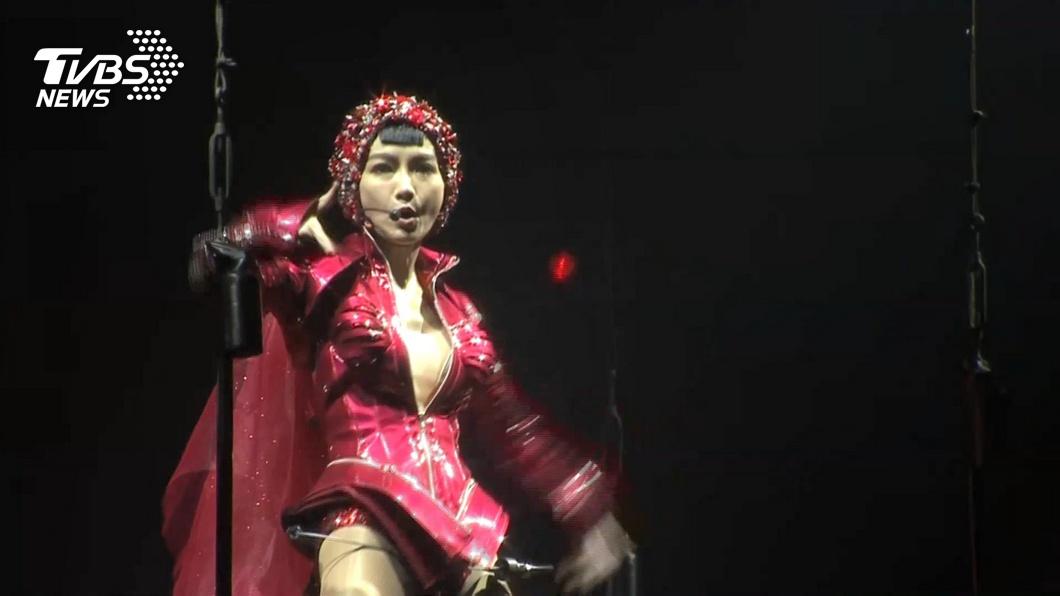 謝金燕驚喜宣布開唱。(圖/TVBS) 驚喜宣布4月雲林開唱 謝金燕鬆口「新專輯進度」