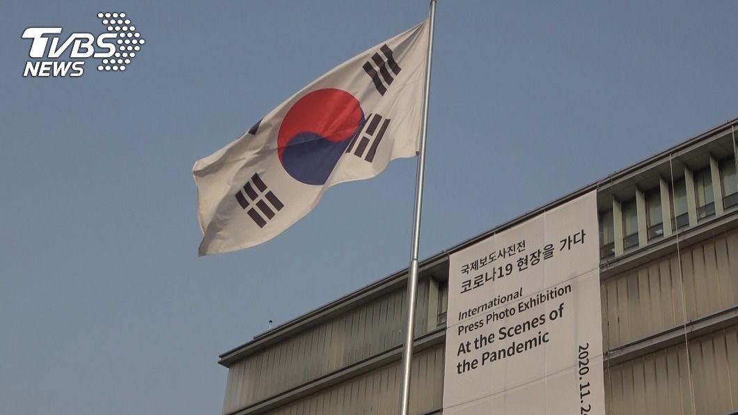 若美中敵對態勢更強,意圖與雙方友好的韓國處境更艱難。(圖/中央社) 拜登將上台 美中兩強下競合成韓國外交大關卡