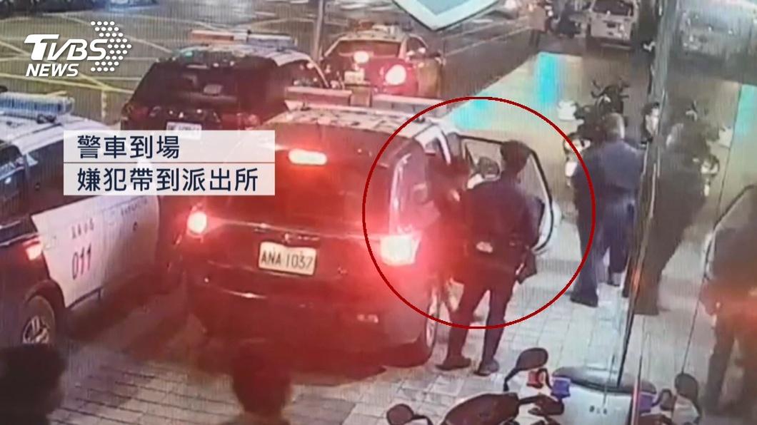 圖/TVBS 「別煩我」!比丘尼化緣遭騷擾 手機還被搶