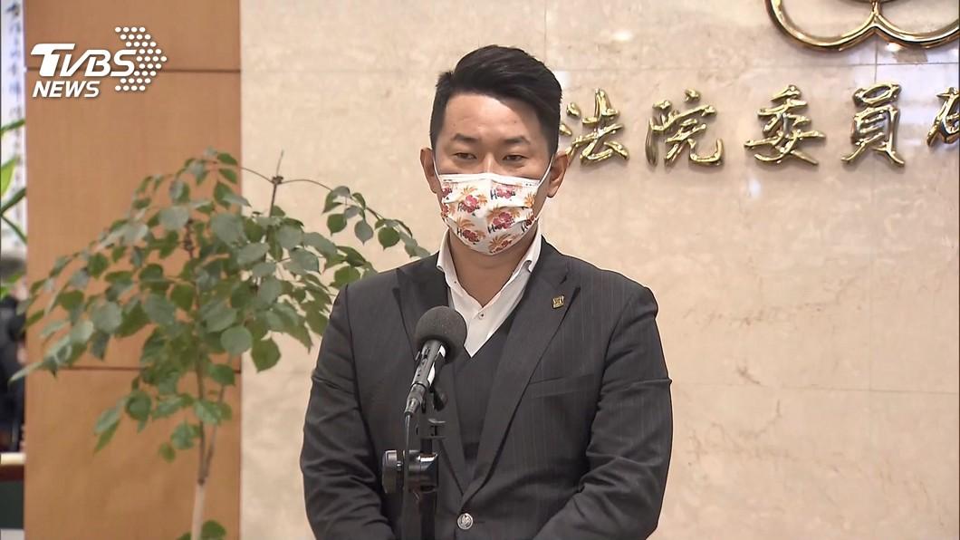 台灣基進立委陳柏惟。(圖/TVBS) 遭點名罷免 陳柏惟:坦然接受歡迎挑戰