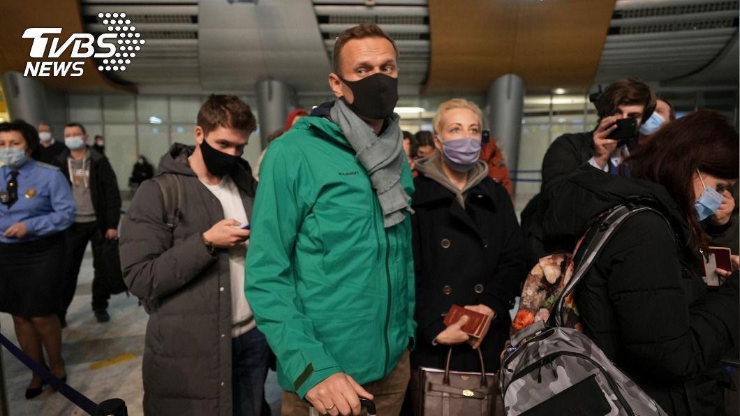 俄羅斯反對派領袖納瓦尼在機場被捕。(圖/達志影像美聯社) 俄反對派領袖納瓦尼被判羈押30天 籲民眾上街抗議