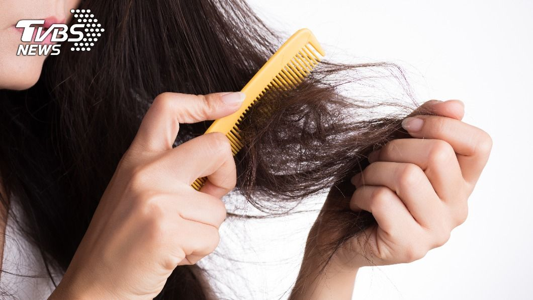頭髮猶如女人的第二張臉,髮質十分重要。(示意圖/shutterstock達志影像) 髮質像稻草? 避免4NG習慣揮別扁塌毛躁