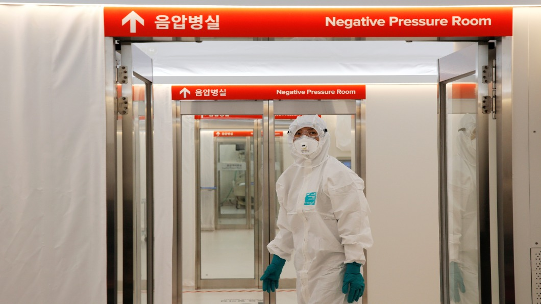 圖/達志影像路透 南韓確診痊癒者遭社會歧視 二成丟飯碗