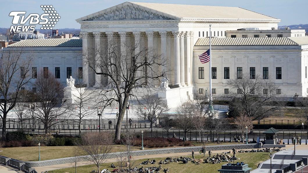美最高法院驚傳「有炸彈」 急疏散人員中