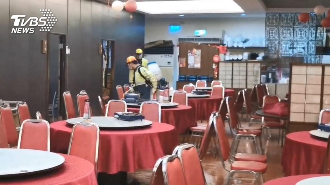 廣德海鮮餐廳-桃園大興店因有確診者曾到訪,9成訂位都被取消。(圖/TVBS) 90%訂位取消 廣德海鮮接「力挺」來電潰堤:謝謝