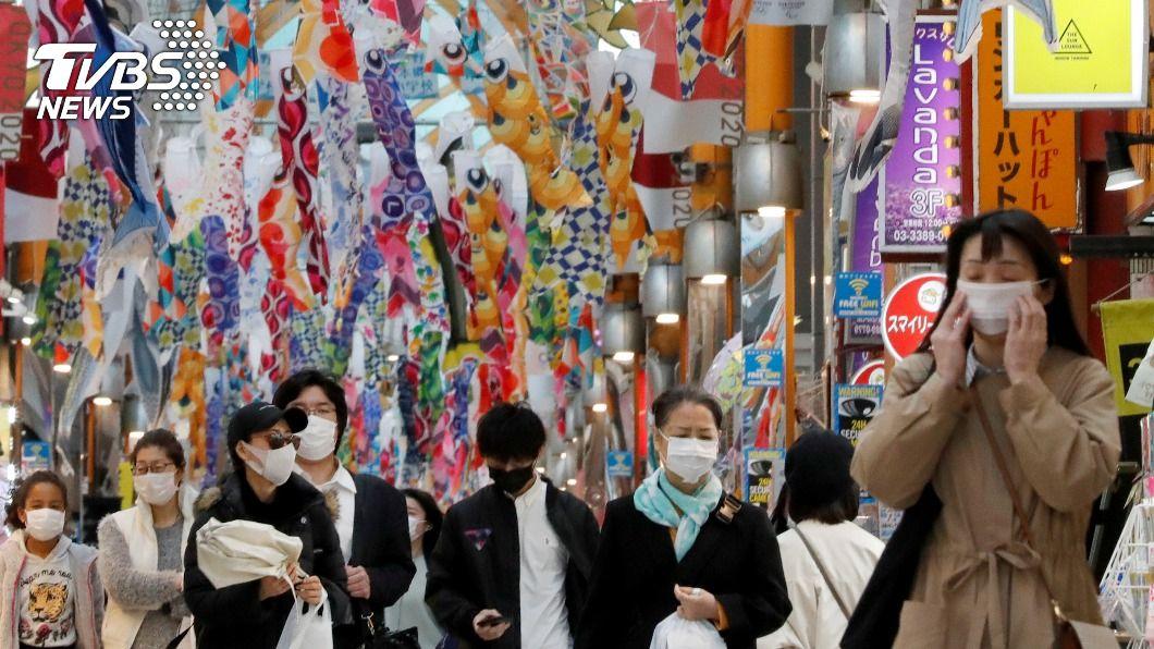 旅客時常不配合防疫,讓日本政府決心修正法案。(圖/達志影像路透社) 日本一口氣提3法修正案 祭罰則盼提升防疫強度