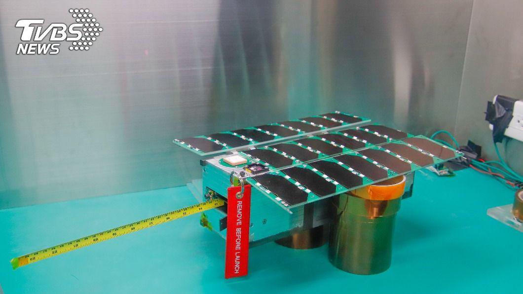 飛鼠衛星。(圖/中央社) 台灣自製衛星飛鼠與玉山 今晚搭乘SpaceX火箭升空