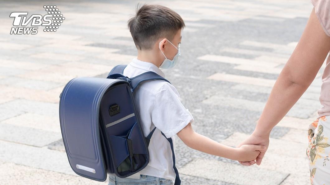 (示意圖/shutterstock達志影像) 哭求歸還沒收手機 幼兒園師聞「媽媽調去桃園」秒淚