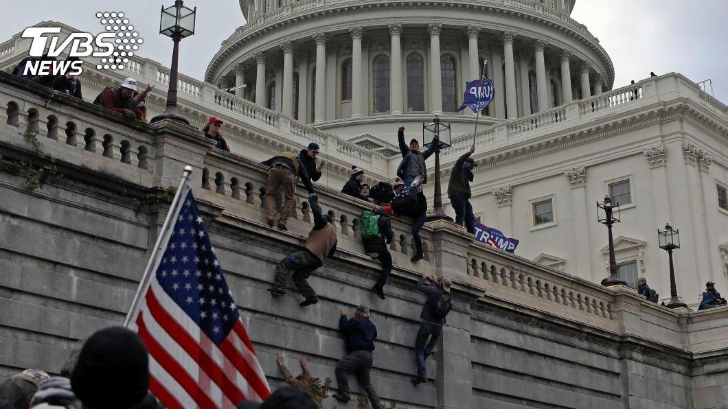 揚言暗殺美民主黨籍眾議員 男5項罪名起訴