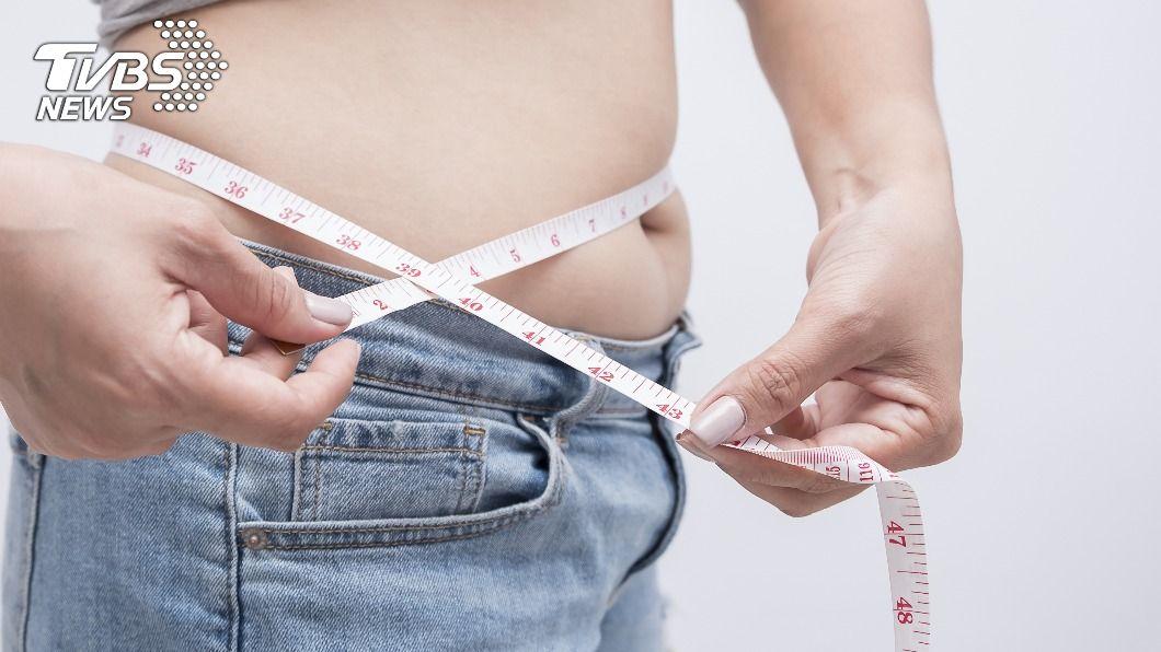 過年掌握「7撇步」,免擔心體重增加。(示意圖/shutterstock 達志影像) 過年平均長肉2公斤!掌握「7撇步」讓你免煩惱