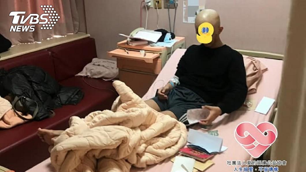 14歲少年3度罹癌急開腦 父心疼曝病況