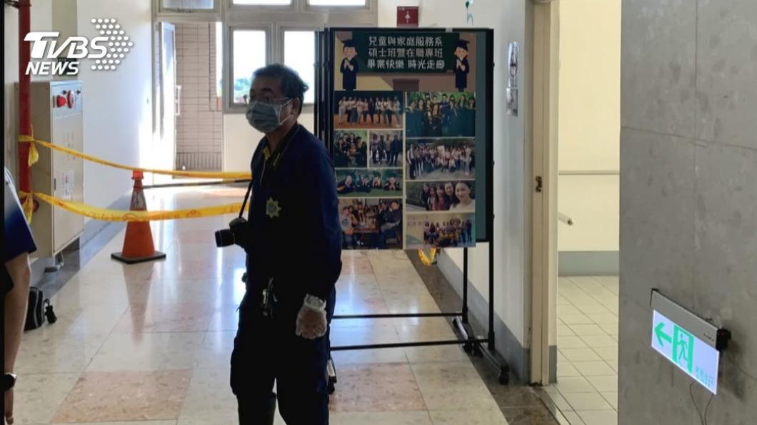高雄一所私立大學去年下午發現一名棄嬰,警方到場相驗。(圖/TVBS資料畫面) 高雄女大生校園產嬰遺棄不治 檢方殺人罪起訴