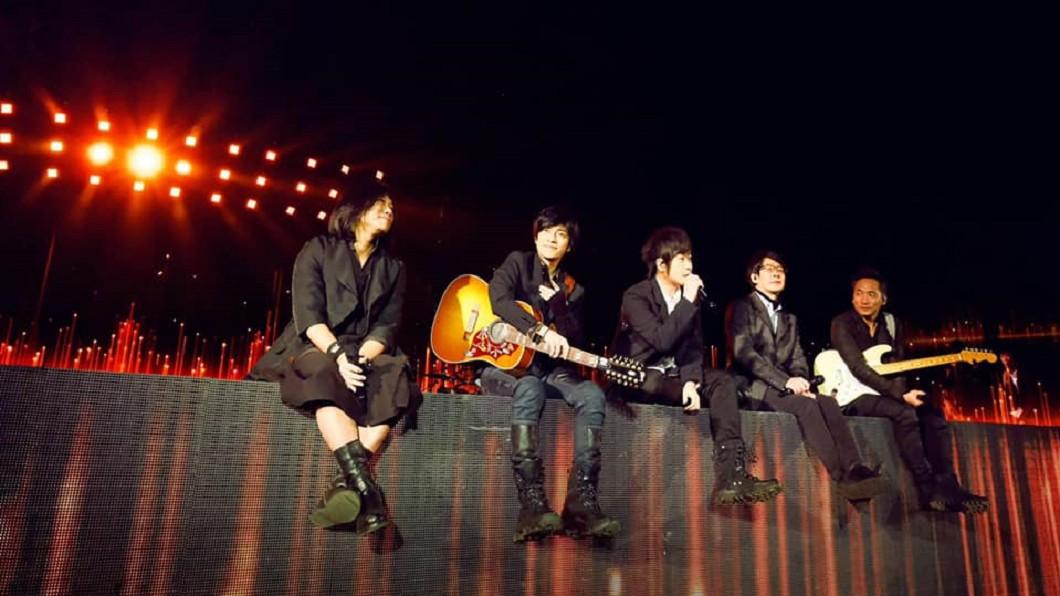 (圖/翻攝自相信音樂臉書) 五月天演唱會宣布延期! 台中5場次更改時間曝光