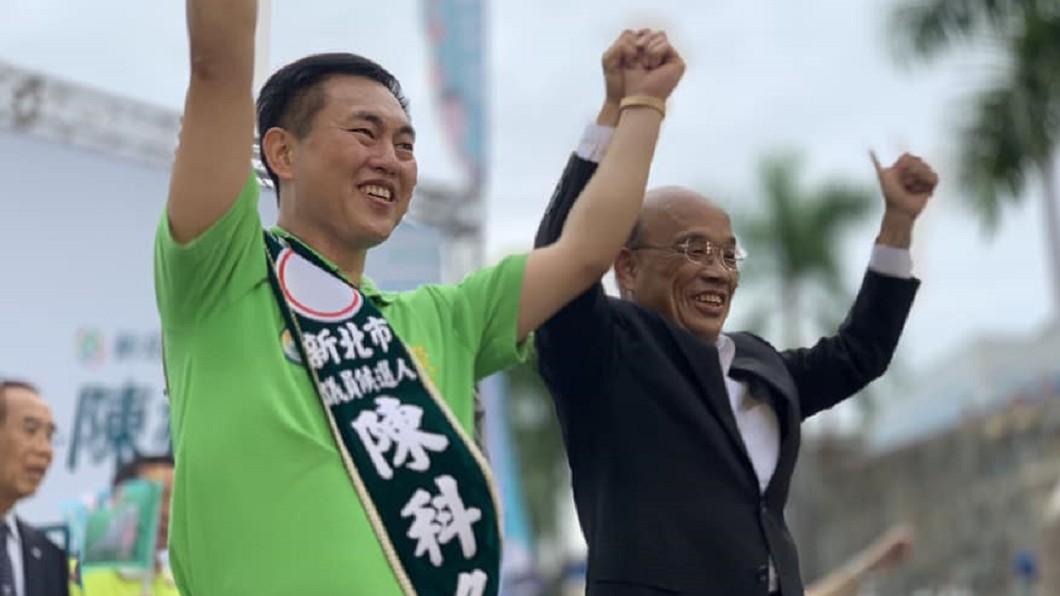 民進黨新北市議員陳科名(左)。(圖/翻攝自陳科名臉書) 遭控偽造合約「逃避裁罰24萬」 綠議員獲判無罪