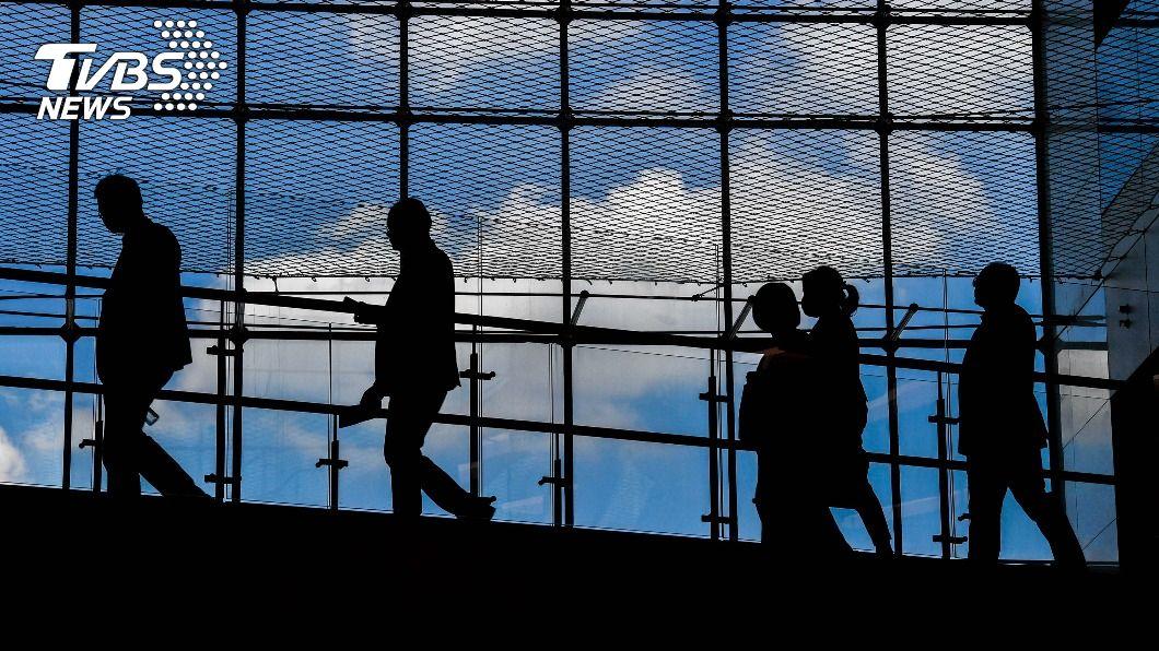 (示意圖/shutterstock 達志影像) 無薪假增至4451人 旅行社多數月休15天以上