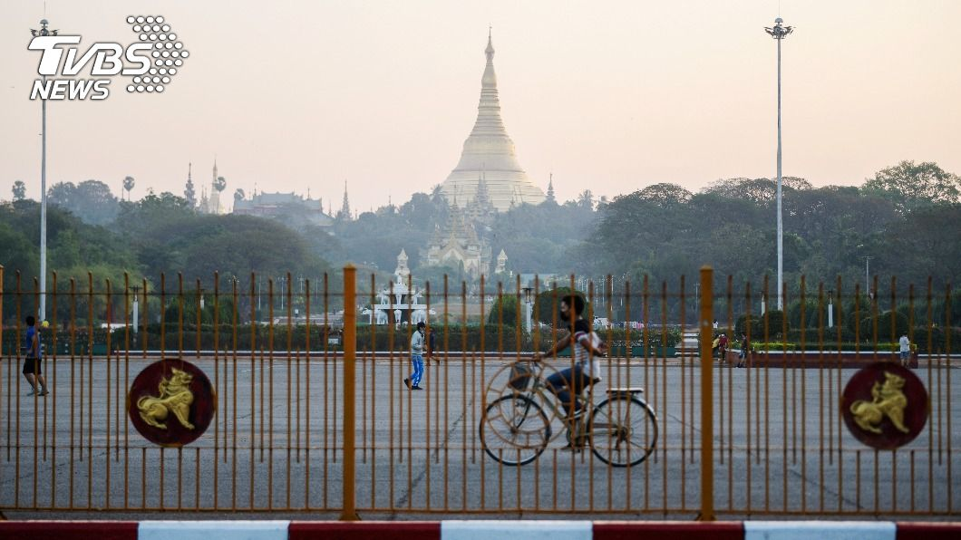 緬甸軍方奪下仰光市府控制權。(圖/達志影像路透社) 翁山蘇姬遭捕 緬甸軍方宣布進入一年緊急狀態