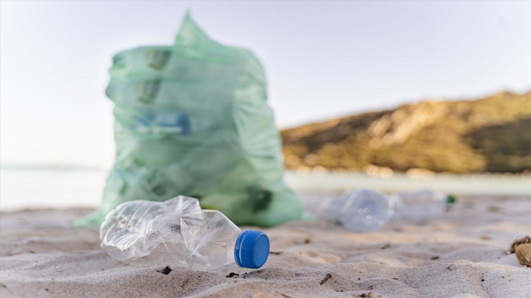 示意圖/達志影像 日本力拚廢塑回收「惜物文化」有助再生產業