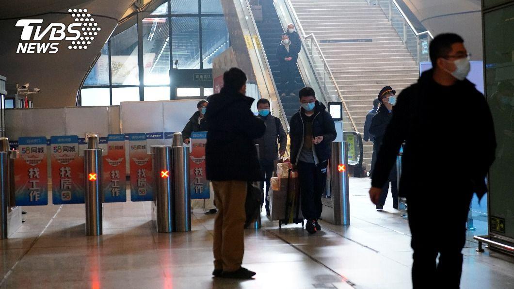 (圖/達志影像路透社) 大陸增30例確診 上海3宗本土病例在隔離時發病