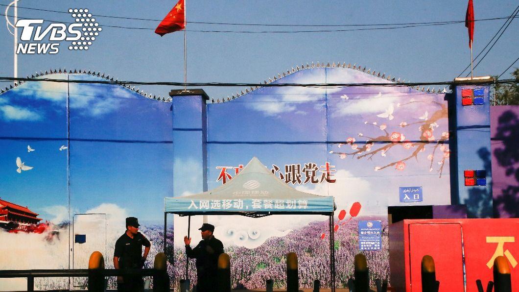 圖為新疆再教育營。(圖/達志影像路透社) 英媒揭露新疆拘留營女性遭侵犯虐待 美:撼動良知