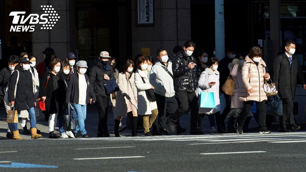 日本新冠疫情嚴峻。(圖/達志影像美聯社) 日本三重縣自行發布緊急事態 跟進中央延長至3/7