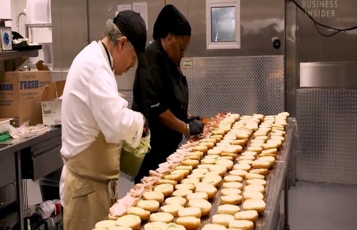 本屆超級盃規模大縮水 主廚備戰萬人食材