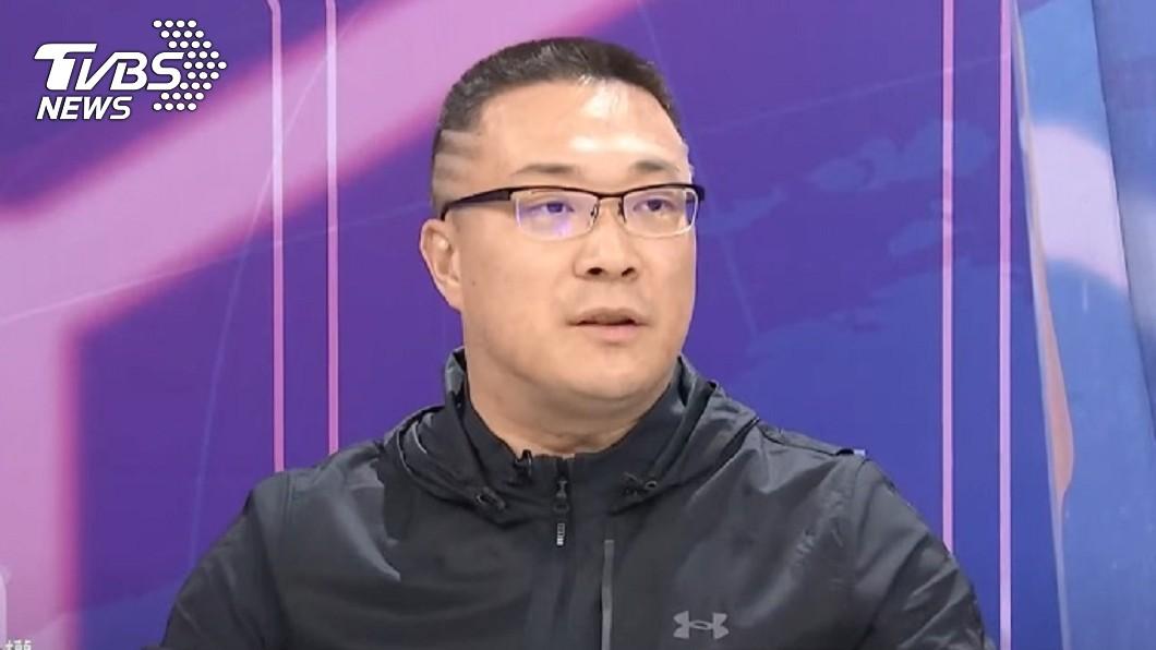 朱學恒上TVBS《國民大會》節目,揭露曾和雞排妹吵架的過往。(圖/TVBS) 驚吐「從以前就討厭雞排妹」!宅神親揭2人大吵過往