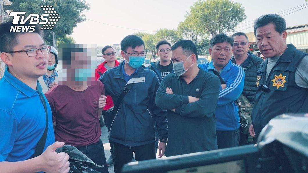 鳳山男子懷疑友人陷害,一氣之下擊斃老友。(圖/TVBS) 懷疑5年前遭陷害判刑 鳳山男一槍擊斃老友