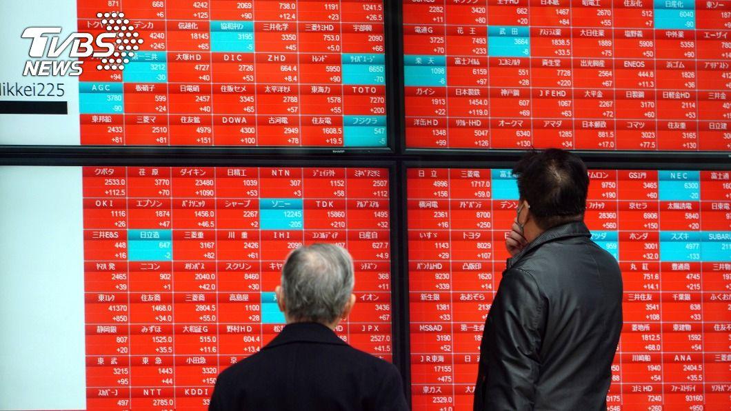 (圖/達志影像美聯社) 日股大漲站上2萬9000點 創30年來新高