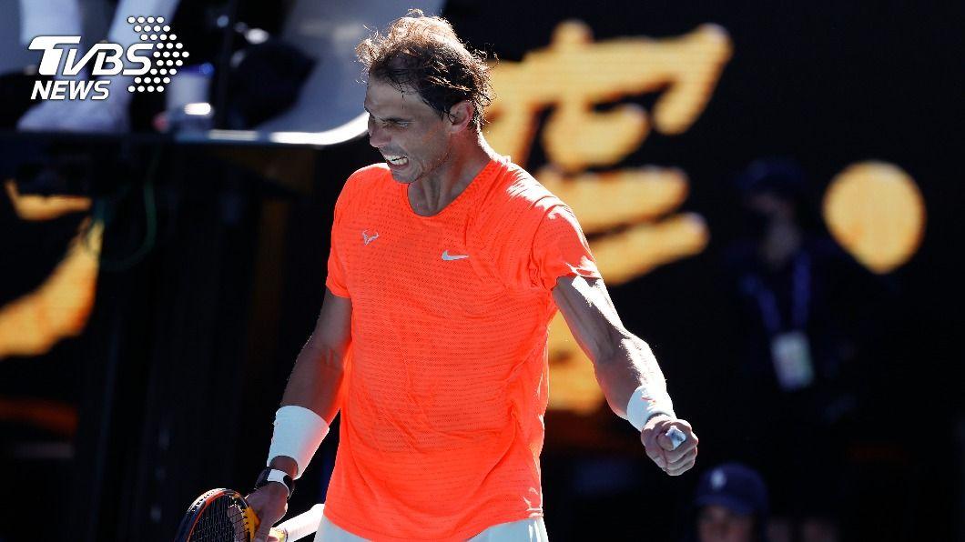 西班牙網球名將納達爾。(圖/達志影像美聯社) 納達爾甩背傷 澳網首輪直落三取勝晉級