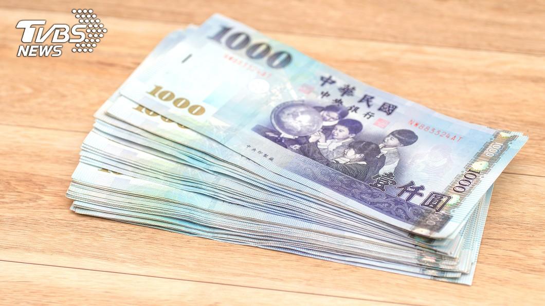 泰國移工的年終獎金讓網友們自嘆不如。(示意圖/shutterstock達志影像) 「移工年終11萬」台人羨慕 網曝血淚:嫌髒累都他們做