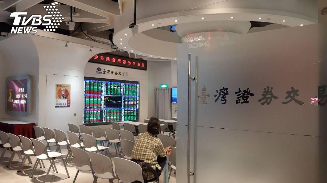 (圖/中央社) 盤中零股交易上路100天 小資族存股應培養2大能力
