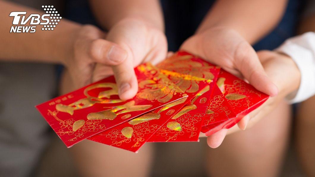 包紅包也存在不少小禁忌。(示意圖/shutterstock達志影像) 千萬別包3000元!紅包「行情價」討吉利不踩雷