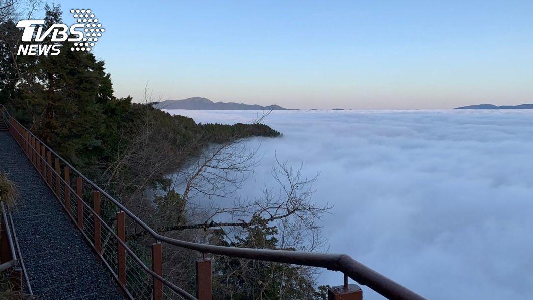 (圖/中央社) 世界最美小徑+太平山觀雲棧道賞雲海 走春好去處