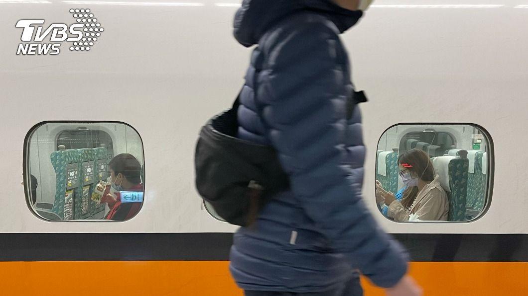 台灣高鐵今(14)日晚間將加開1北上班次。(圖/中央社) 初三北返旅客湧現 高鐵加開1班北上對號座列車