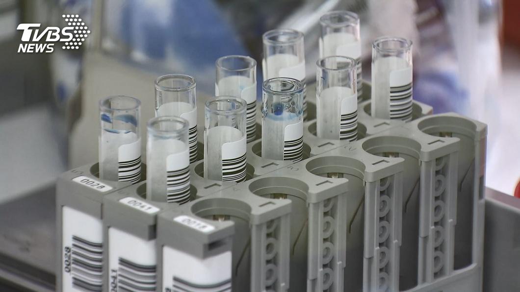 世界衛生組織批准緊急使用AZ疫苗。(示意圖/TVBS資料畫面) 世衛授權AZ疫苗緊急使用 COVAX啟動首波配送