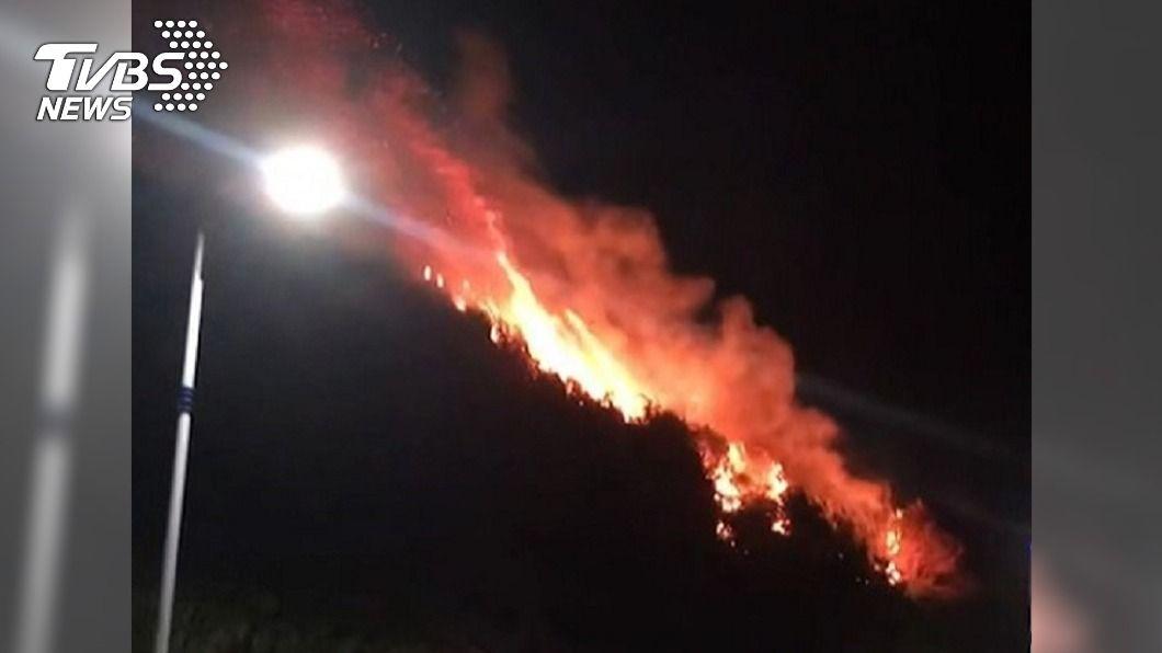 春節第3次!基隆外木山深夜火燒山