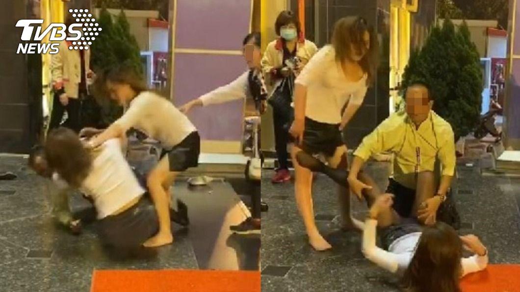 台南2名舞小姐在情人節當晚上演全武行。(圖/TVBS) 舞小姐釘孤支「扯髮互踹」露底褲 火爆亂鬥勸架也嘸用