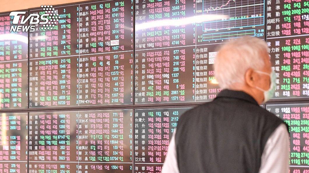 台股一度衝破16500點創新高。(圖/中央社) 台積電熄火 台股漲勢收斂仍續創新高