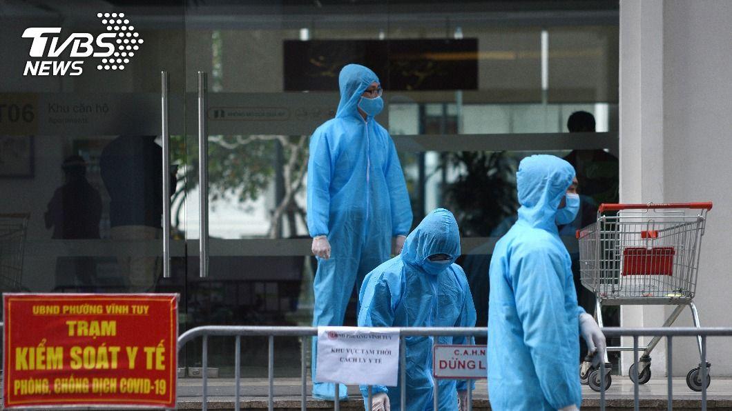 (圖/達志影像路透社) 越南本土疫情籠罩 首批引進逾20萬劑AZ疫苗