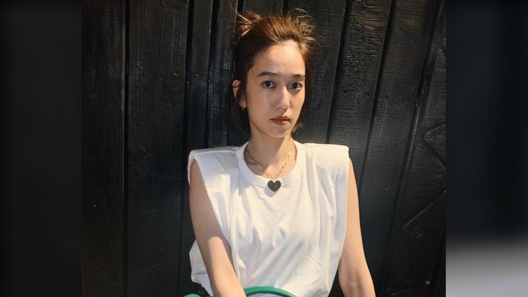 模特兒出身的女星陳庭妮,擁有不少電影、電視劇作品。(圖/翻攝自陳庭妮臉書) 陳庭妮手機電量剩10%困電梯 獨自1人嚇壞求救
