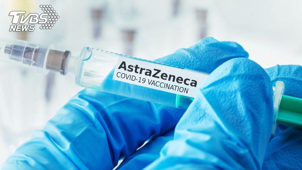 (示意圖/shutterstock 達志影像) 1劑輝瑞或AZ疫苗 研究:助預防高齡長者住院