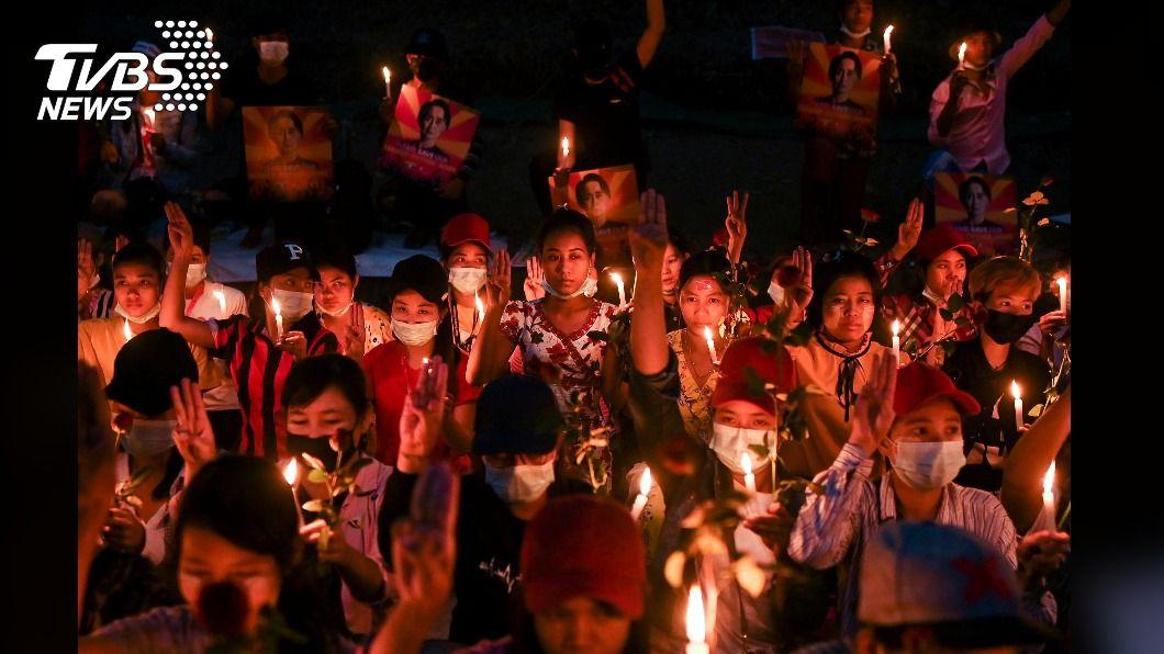 緬甸警察開槍驅散群眾 示威者呼籲今天全國罷工