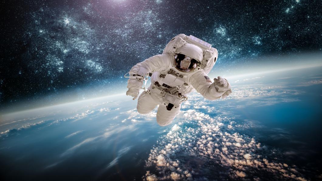 示意圖/達志影像 創舉!日本研發:太空垃圾回收衛星